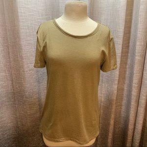 H&M basic T-shirt size large